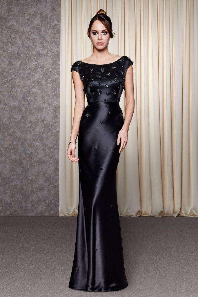 quality design c7dc6 53f70 Abiti da cerimonia neri: i modelli più eleganti | Pourfemme
