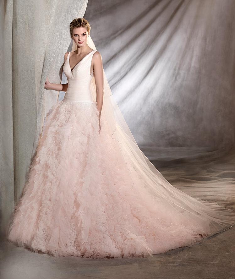Abito da sposa rosa Pronovias