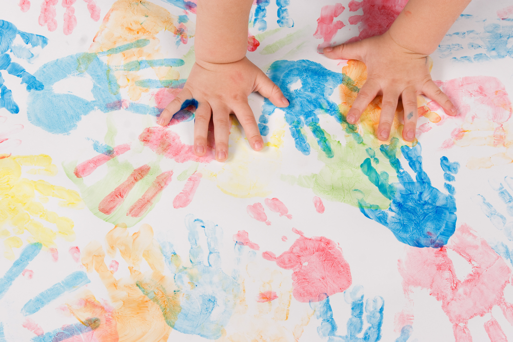 lavoretti semplici festa della mamma quadro impronte