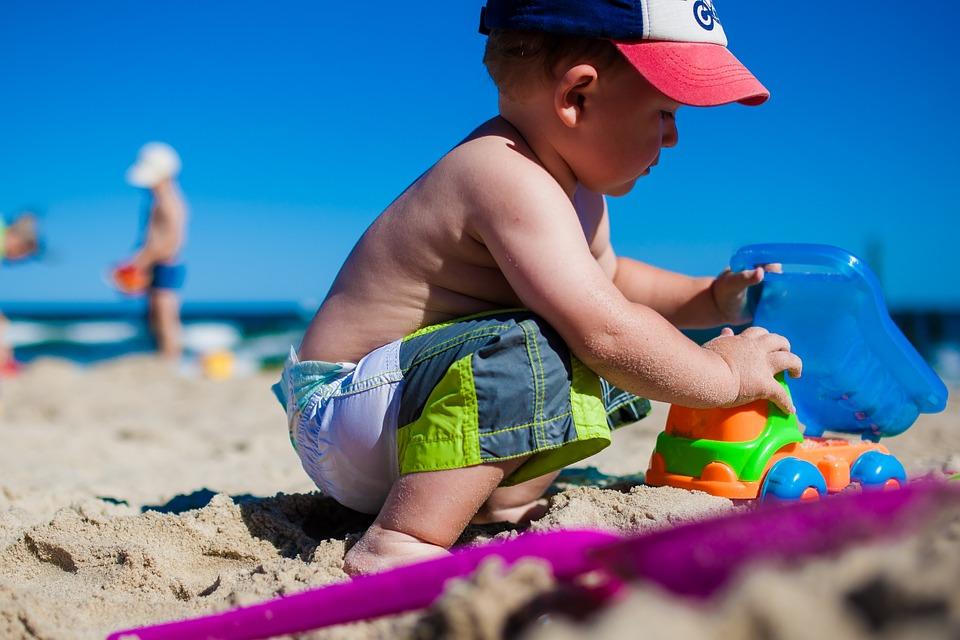 Scottature nei bambini: cosa fare e rimedi naturali