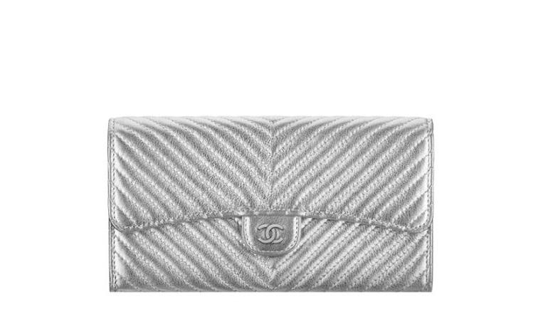 Pochette argento Chanel