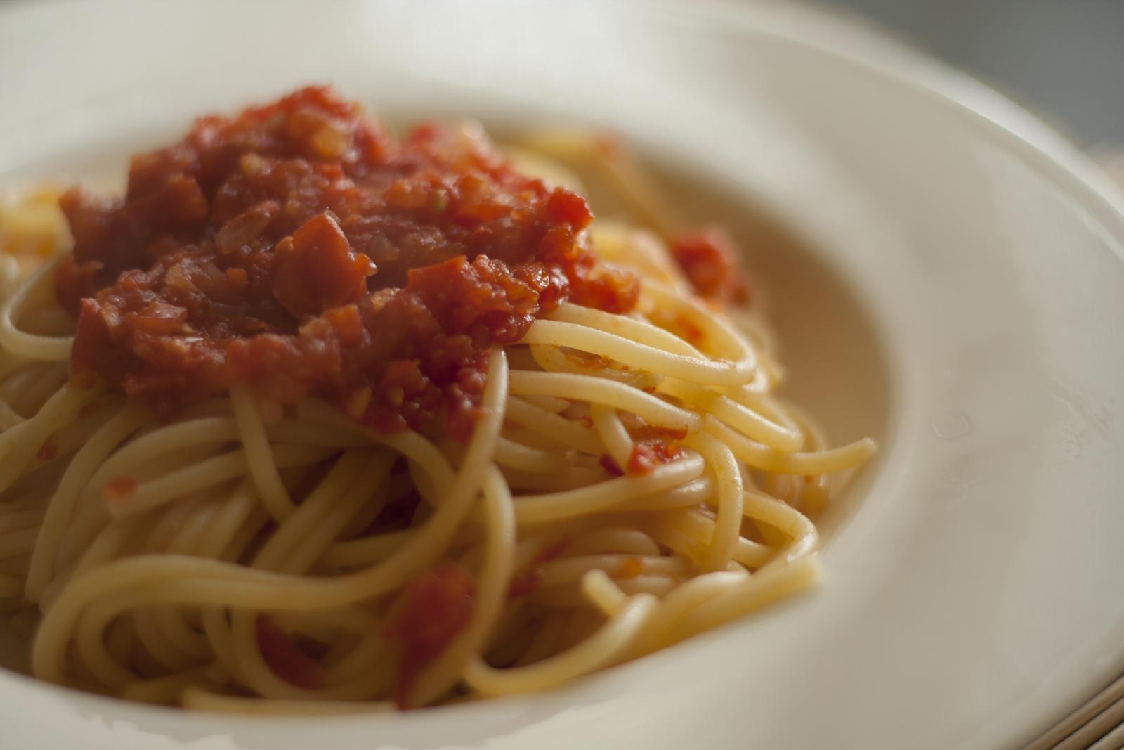 Pasta al pomodoro crudo, ricetta light