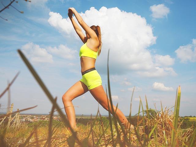 Kayla Itsines: come funziona il programma fitness per un corpo da modella