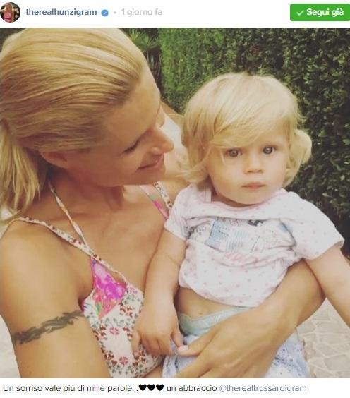 Michelle Hunziker è incinta del quarto figlio, un post social alimenta il gossip foto news