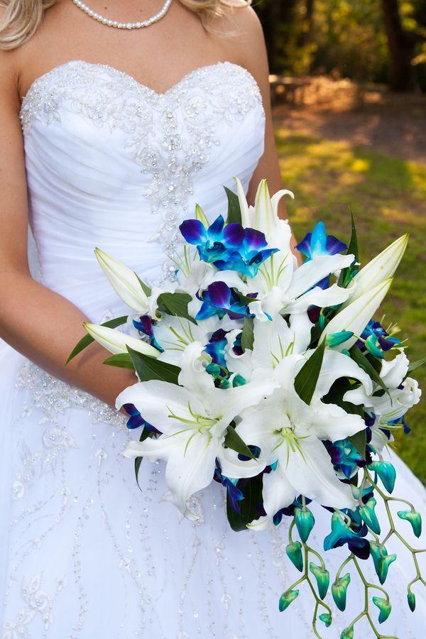 bouquet blu a cascata