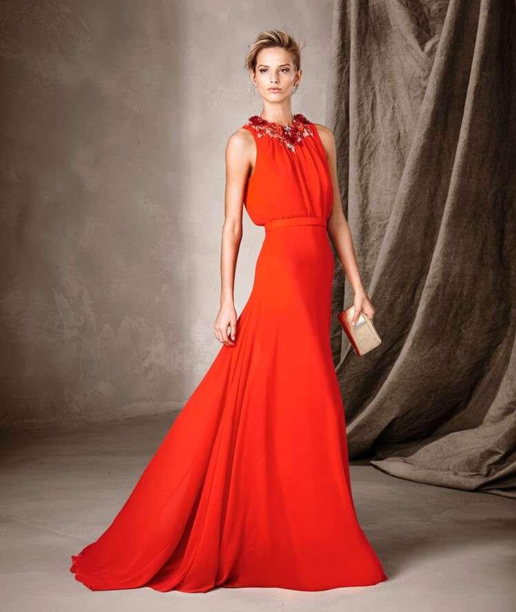 b1ec6b2308f1 Abiti da cerimonia rossi  consigli per l invitata al matrimonio ...