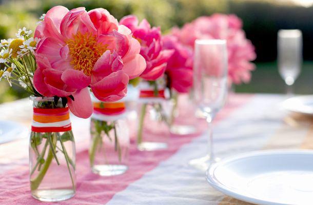 Come apparecchiare la tavola in giardino