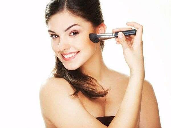 Detergente pennelli trucco: i migliori prodotti da provare [FOTO]