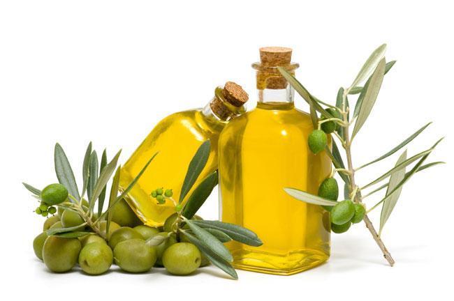 olio di oliva cuoio capelluto