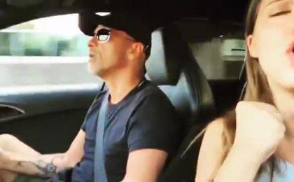 Eros Ramazzotti e la figlia Aurora cantano L'Aurora: il video commuove la Rete [FOTO]