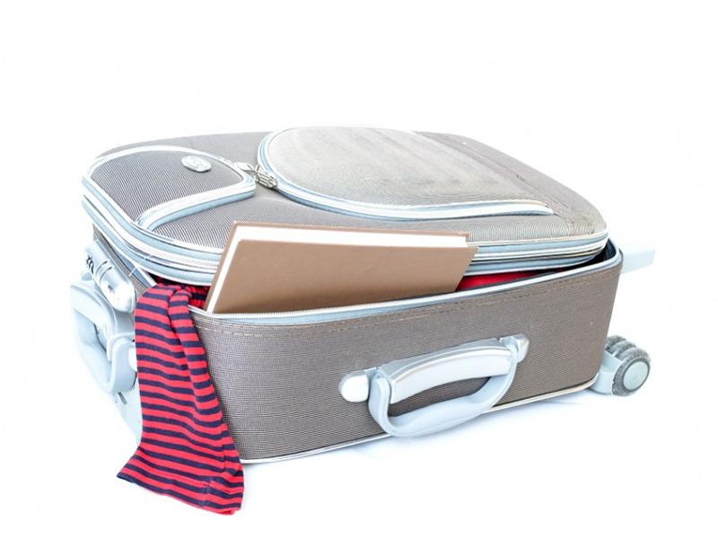 Viaggi in aereo: cosa portare nel bagaglio a mano