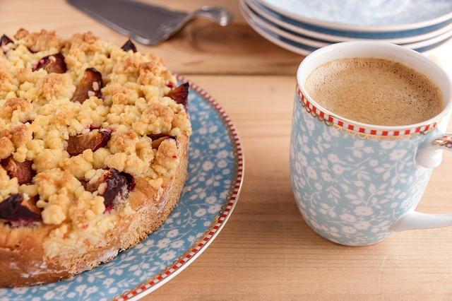 Torta per colazione 3 ricette light pourfemme for Dolci dietetici