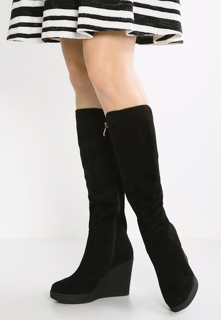 10 modelli di stivali da avere in inverno  8a00ed895b47