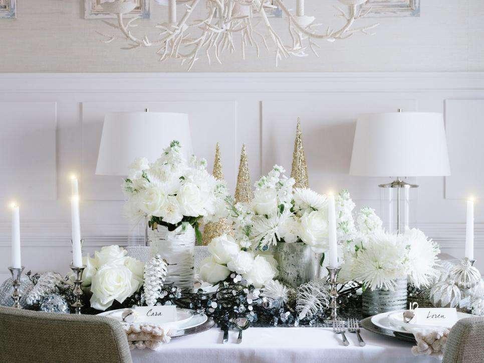 Decorazioni di natale in bianco dall 39 albero agli addobbi foto pourfemme - Addobbi natalizi per la porta ...