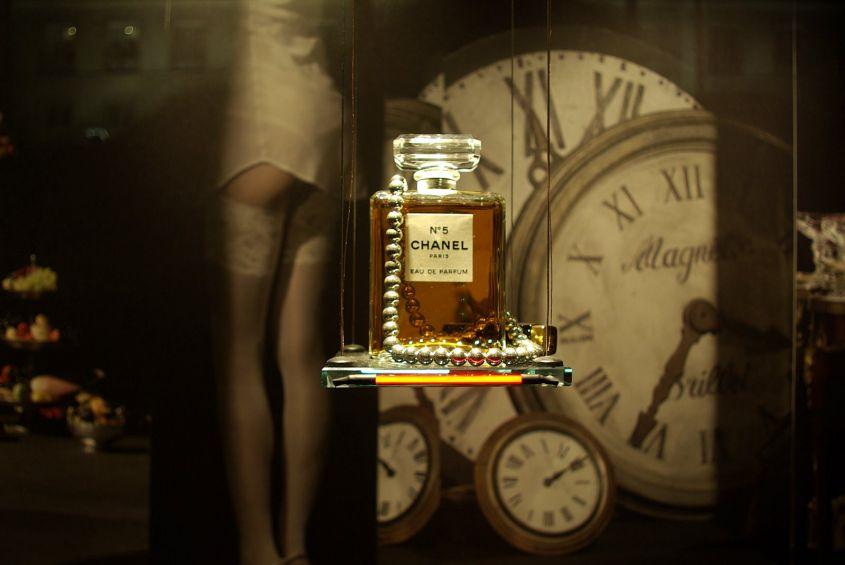 Chanel N.5, il profumo più famoso al mondo potrebbe cambiare per sempre
