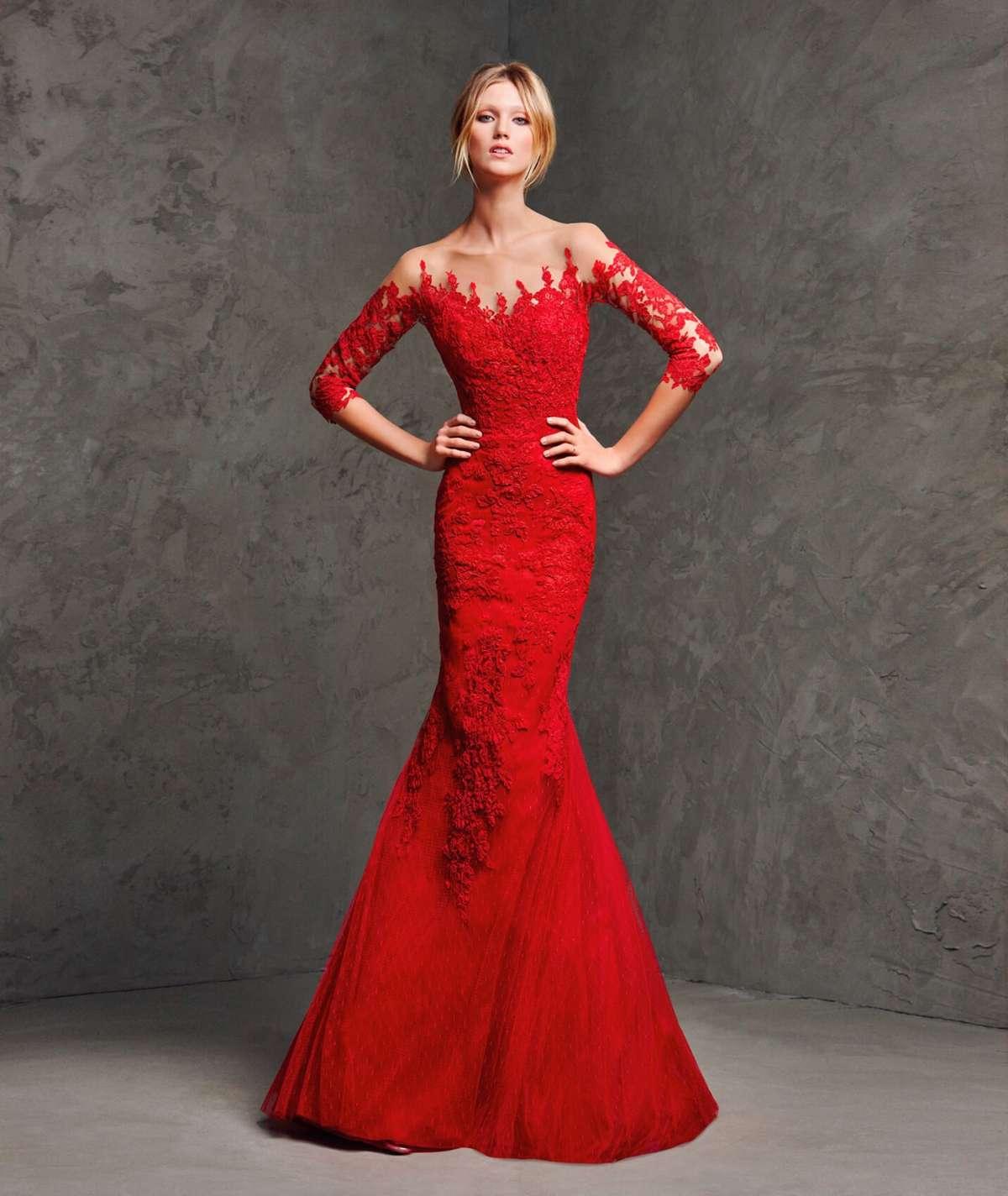 a8f372721dd3 abito rosso a sirena pronovias. Nelle collezioni di abiti da cerimonia ...