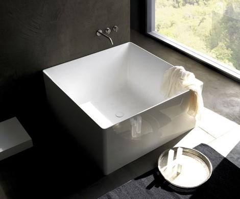 Vasche Da Bagno Di Piccole Dimensioni : Come scegliere la vasca da bagno: modelli e materiali pourfemme