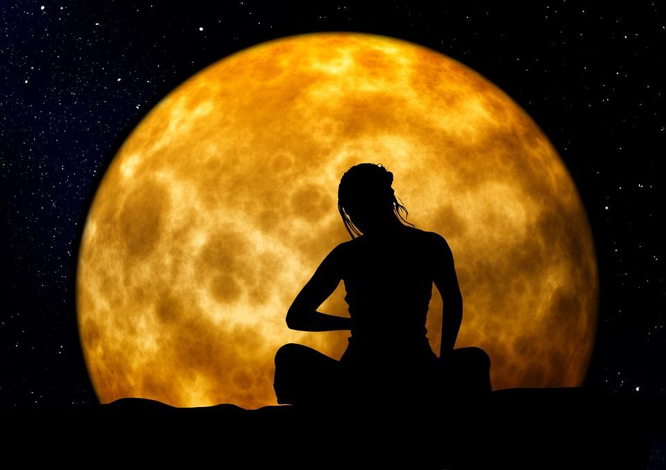 donna-ciclo-fasi-lunari