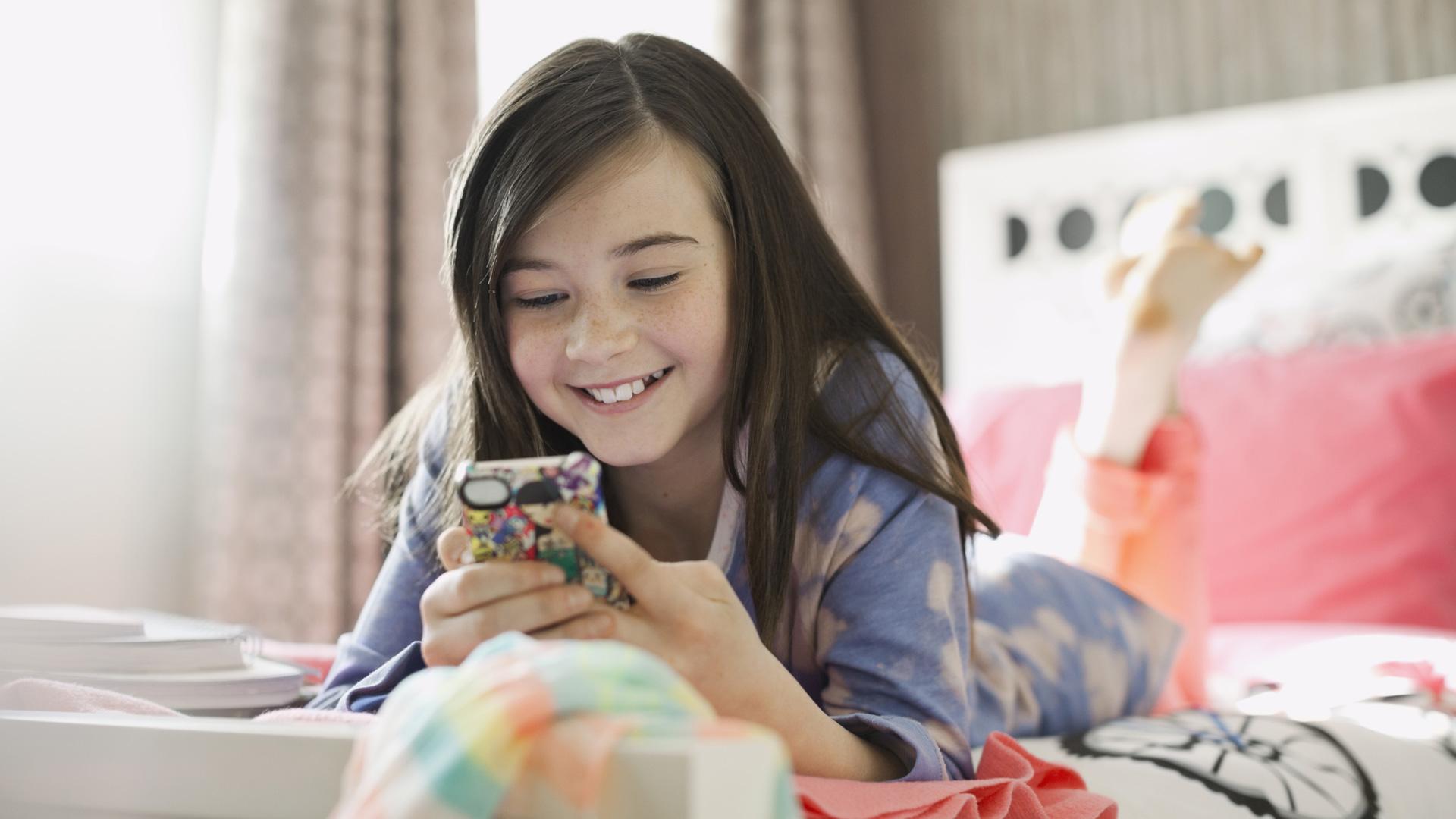 Telefoni cellulari per bambini: i dispositivi adatti ai più piccoli