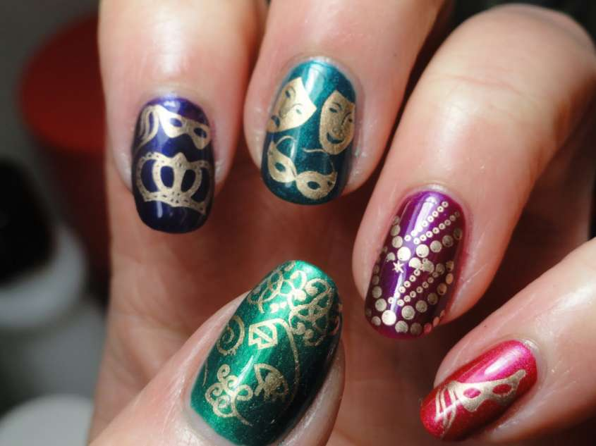 unghie carnevale decorate