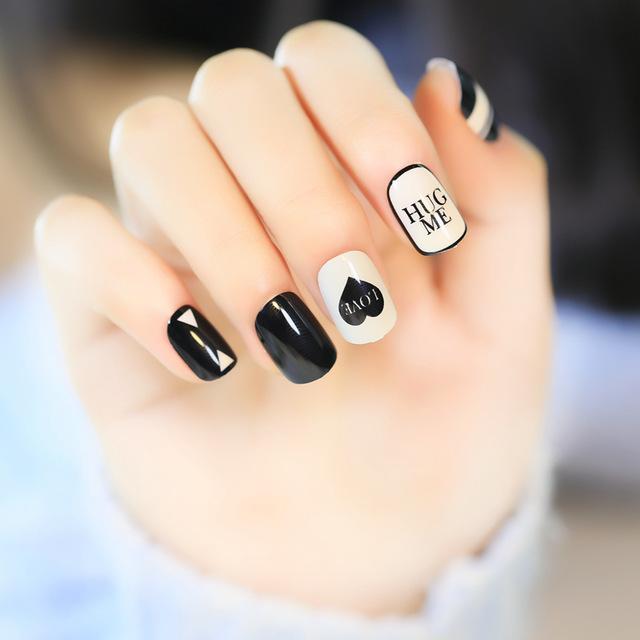 Nail art unghie love san valentino