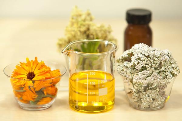 Oli essenziali piante