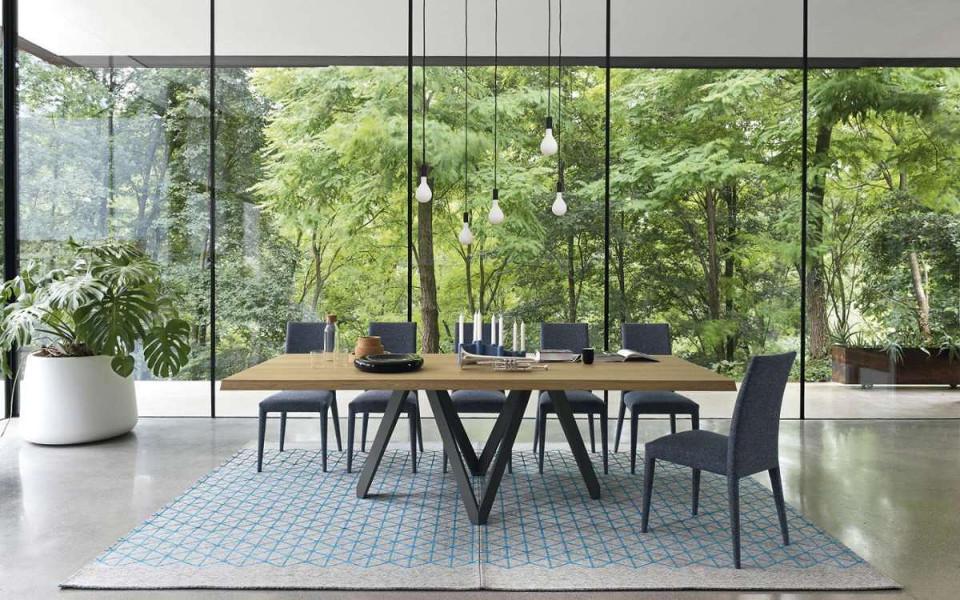 Quali tavoli da pranzo moderni preferisci?