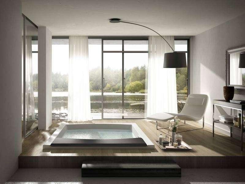 Come arredare un bagno grande: idee di stile [FOTO]