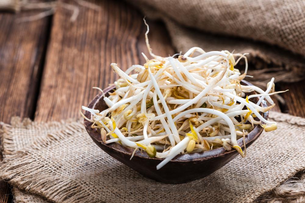 cibi anticellulite germogli di soia