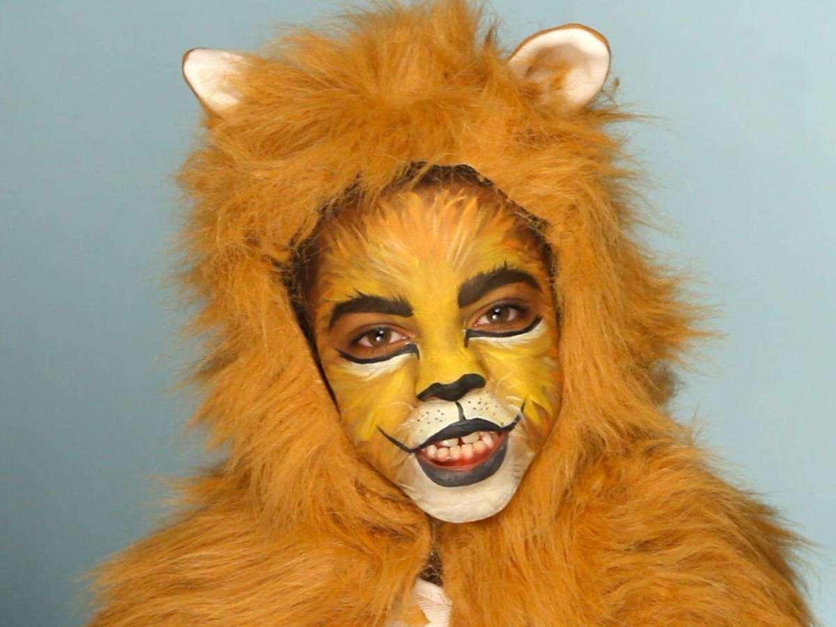 Costume da leone fai da te per bambini: le idee più belle [FOTO]