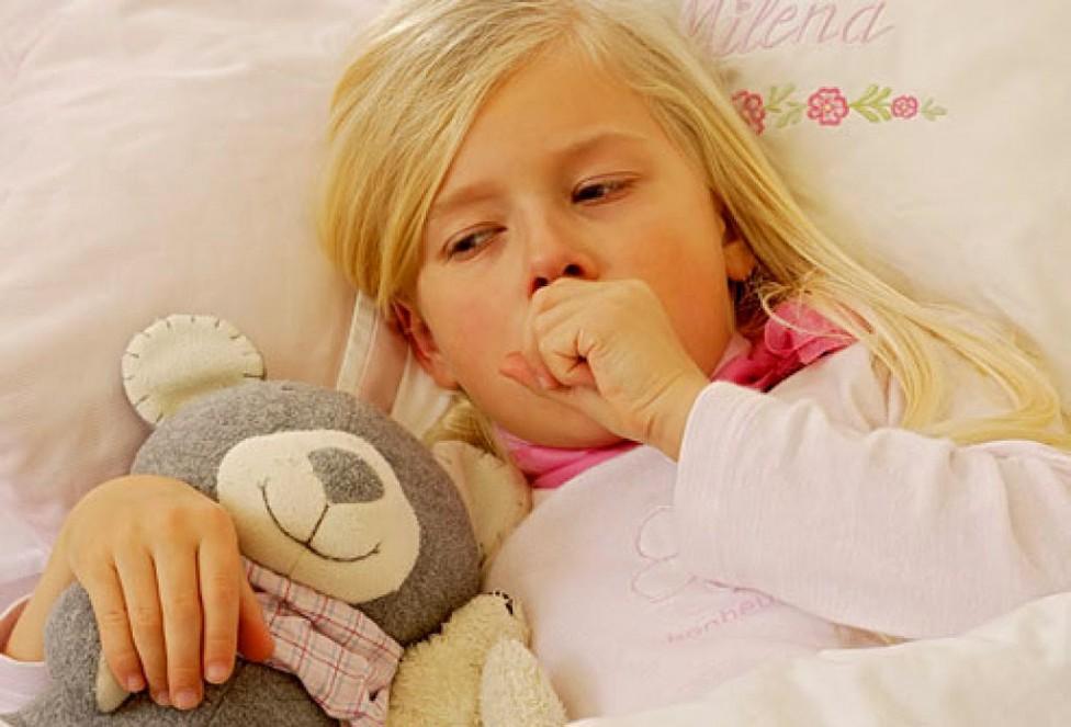Tosse nei bambini di notte: i rimedi e le cure