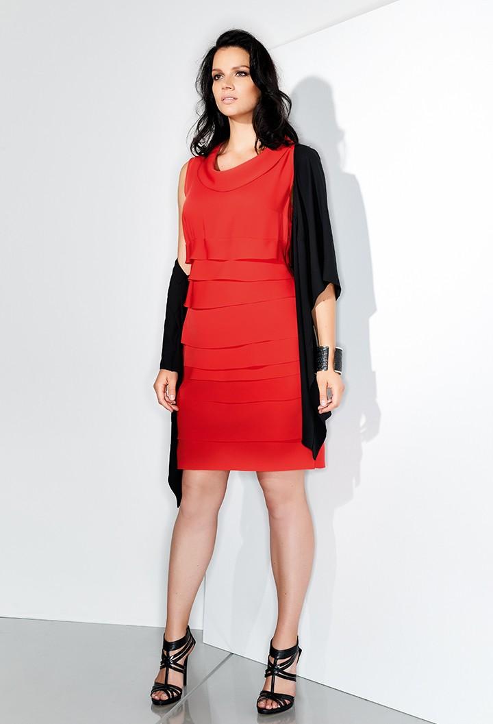 780874a811 Come vestirsi con la taglia 48 ed essere sempre fashion [FOTO ...