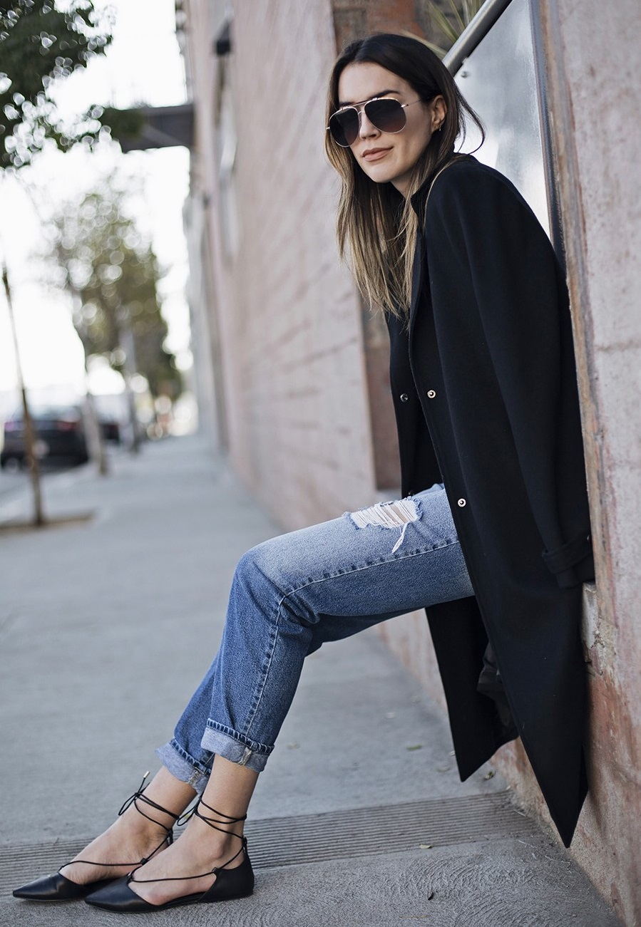 I jeans e le scarpe basse