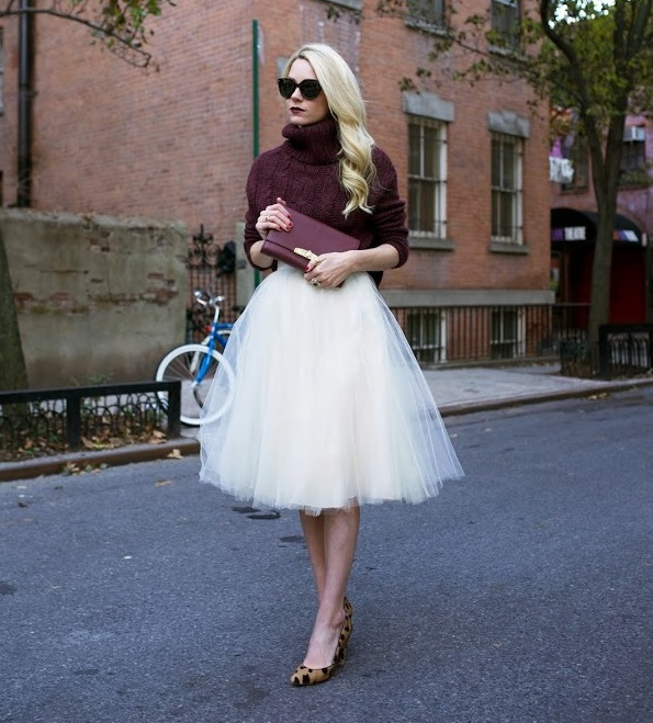 Look con gonna longuette di tulle