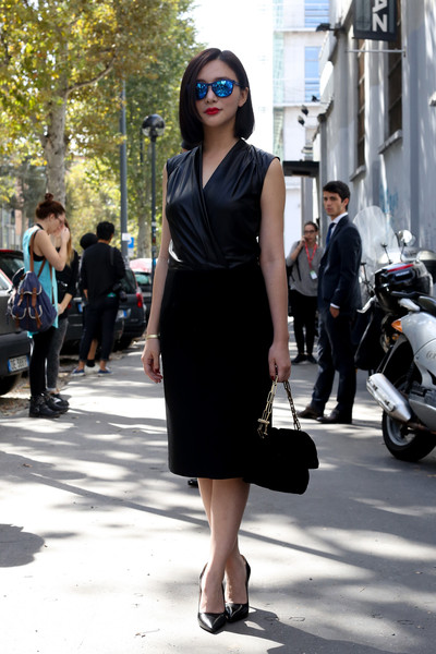 Look elegante con vestito nero