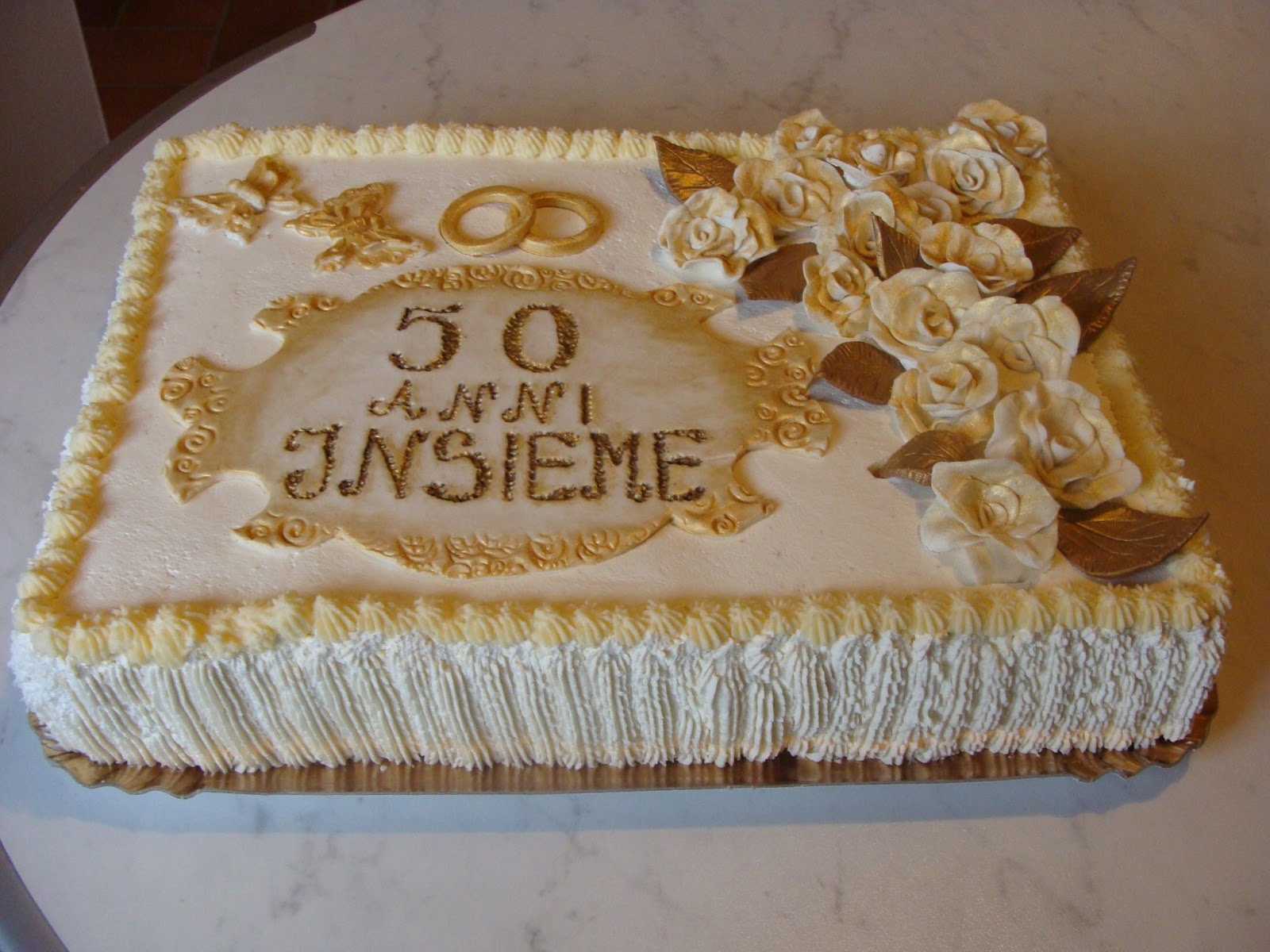 Torta anniversario matrimonio nozze d'oro