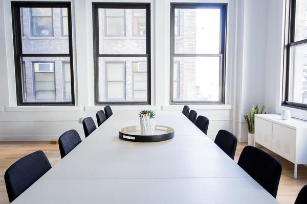 Ufficio tavolo