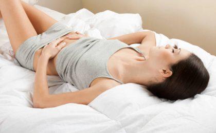 Dolore al basso ventre: tutte le cause e i relativi rimedi