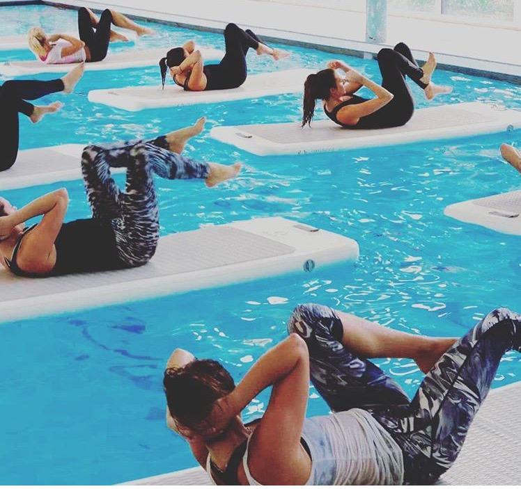 Float fit, allenarsi galleggiando: segreti e benefici del nuovo trend fitness