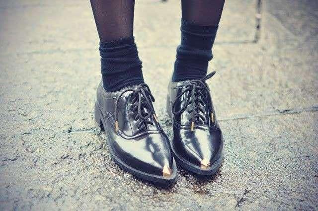 Come indossare le francesine basse: le idee da copiare [FOTO]