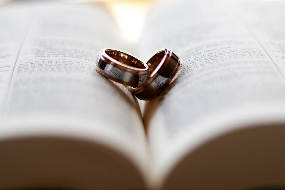 Frasi Per L Anniversario Di Matrimonio Da Marito A Moglie E
