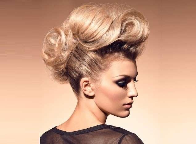 pettinature capelli lunghi raccolti