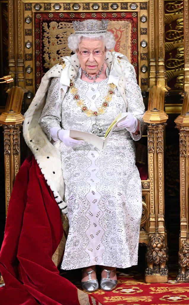 Sua Maestà all'apertura del Parlamento