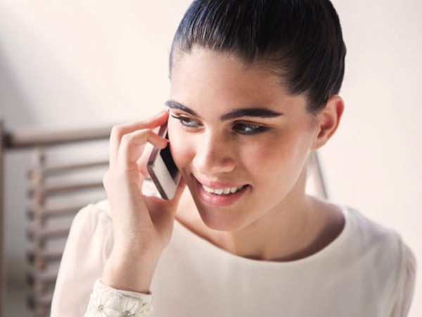 talk on phone lgn