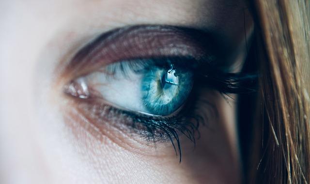 trucco occhio nero