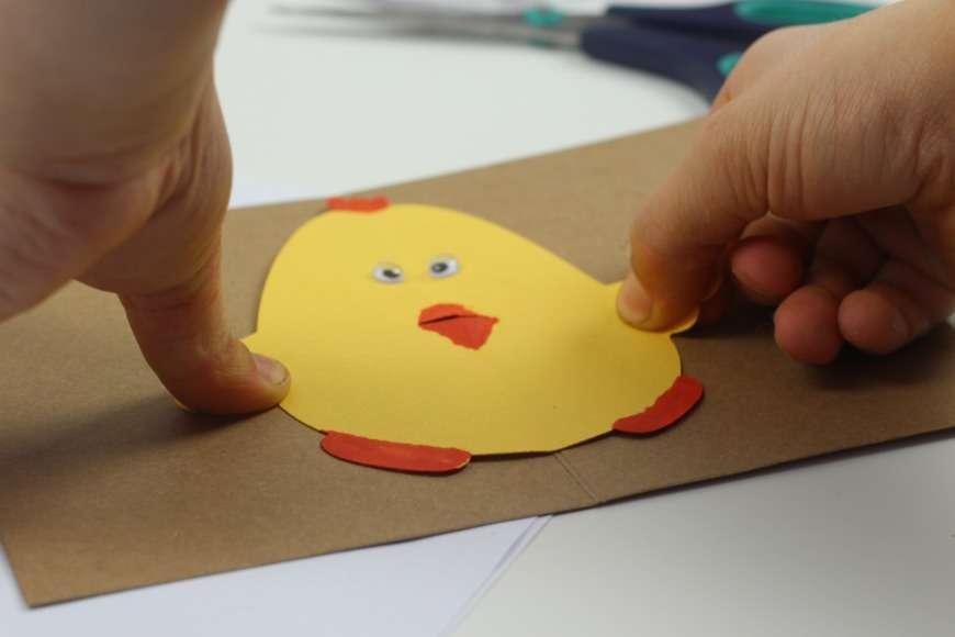 Lavoretti di Pasqua con cartoncino per bambini [FOTO]