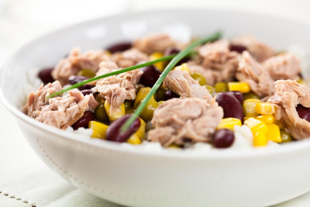 La dieta del riso e tonno per appiattire la pancia: menù, schema e consigli