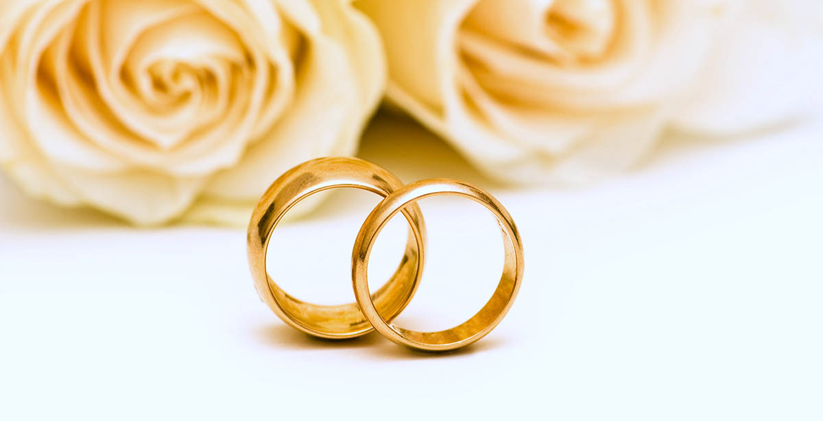 Auguri Anniversario Matrimonio 10 Anni.Auguri Per L Anniversario Di Matrimonio Frasi Per Tutti Pourfemme
