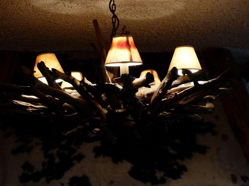 Riciclo creativo lampade in legno: le idee fai da te