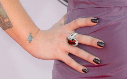 Smalti per unghie corte, 10 consigli sui colori e manicure